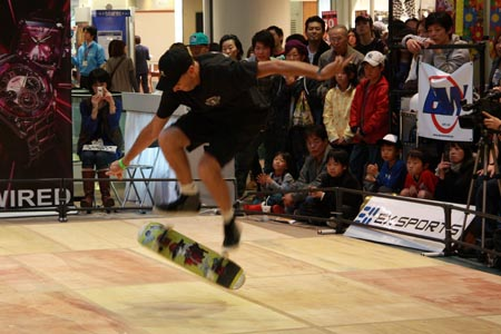 Kevin Harris in Japan Contest